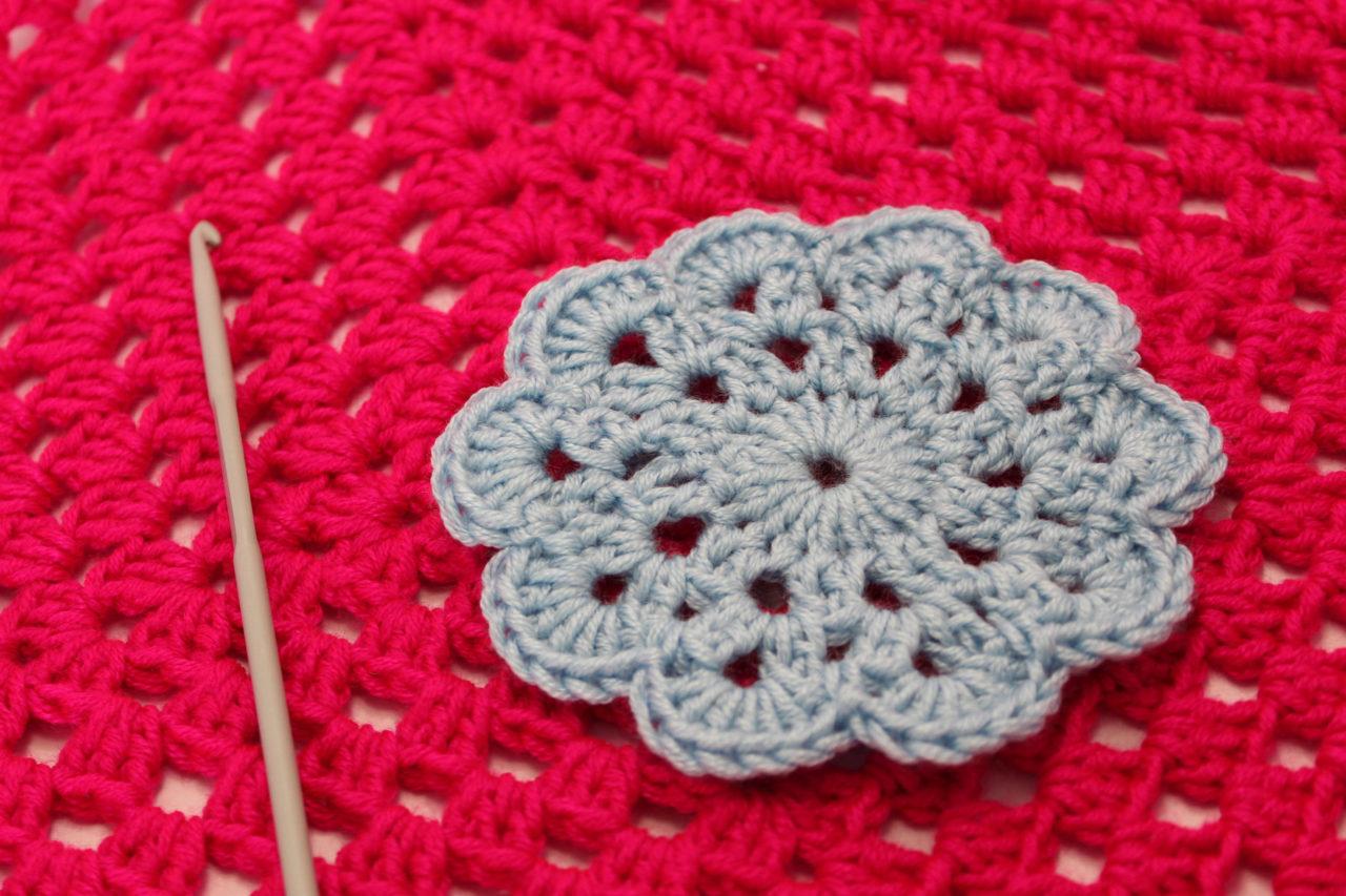 apprendre a tricoter avec le crochet. Black Bedroom Furniture Sets. Home Design Ideas