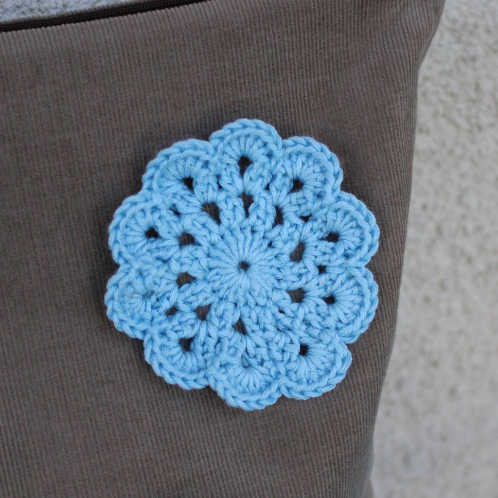 Mon sac à crochet et fleur en crochet - les lubies de louise (3 sur 6)