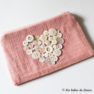 DIY trousse coeurs en boutons - Les tutoriels de louise-9