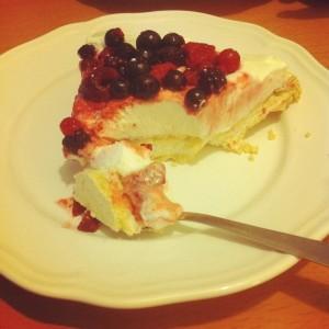 Recette facile et rapide Pavlova aux fruits rouges - Les lubies de louise-bon appétit