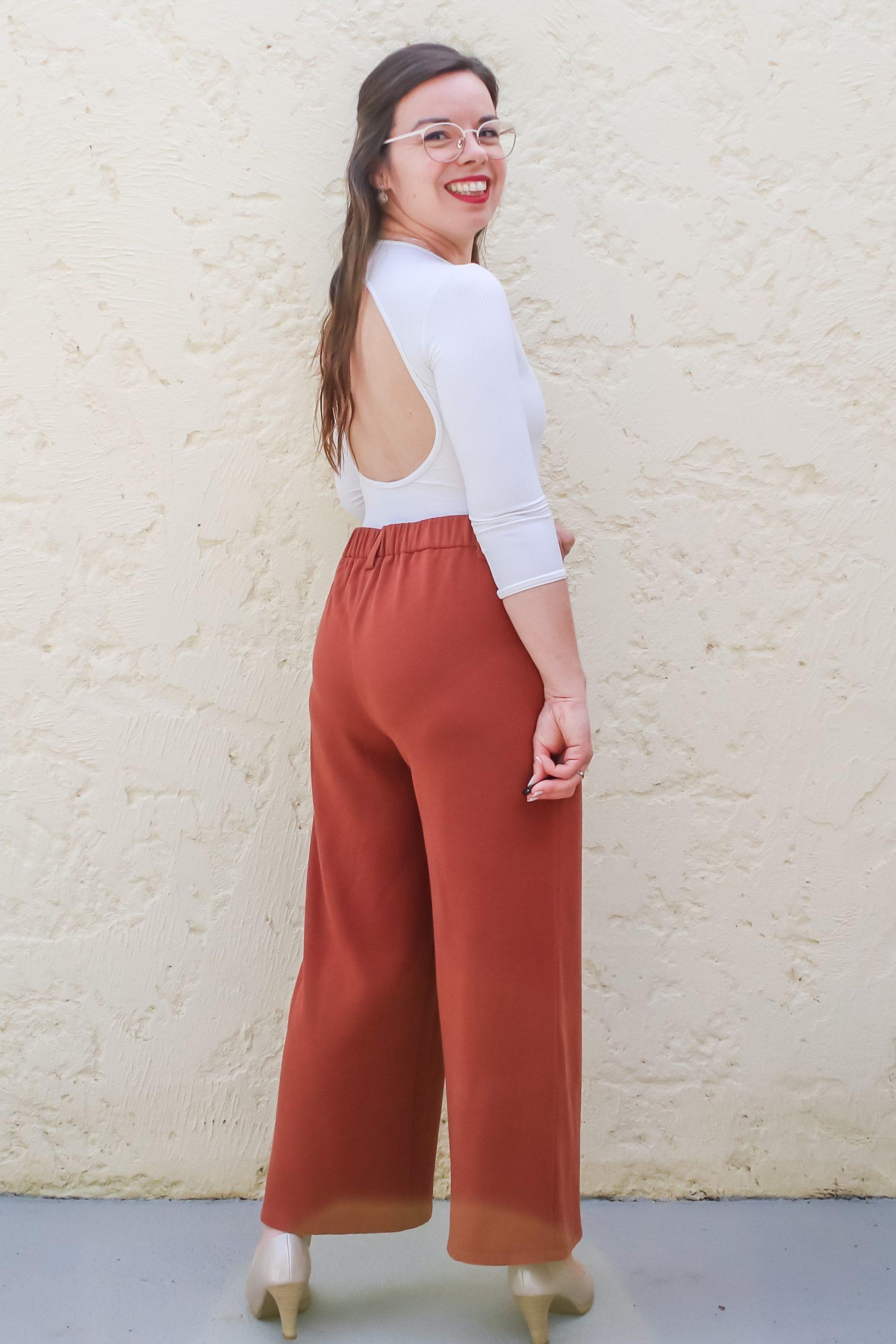 Dos du look pantalon élastiqué